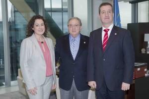 El Colegio de Farmacéuticos de Zaragoza renueva su convenio de colaboración con A.M.A