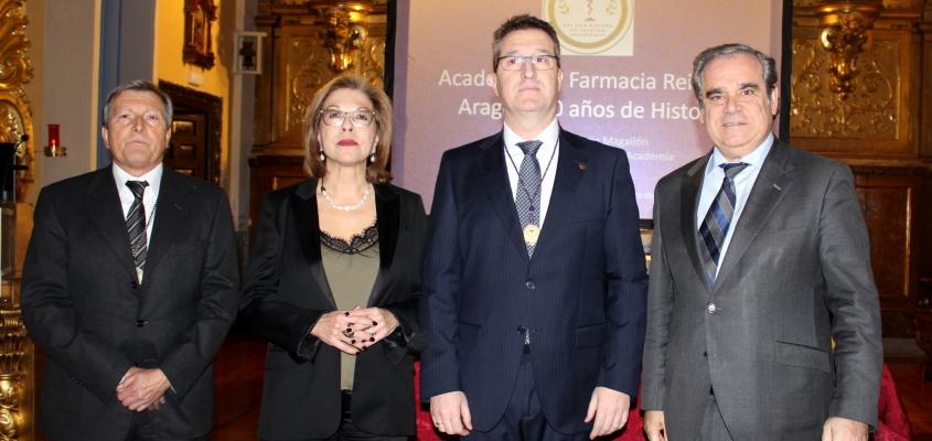 El presidente del Colegio Oficial de Farmacéuticos de Zaragoza, Ramón Jordán, Medalla de Oro de la Academia de Farmacia Reino de Aragón