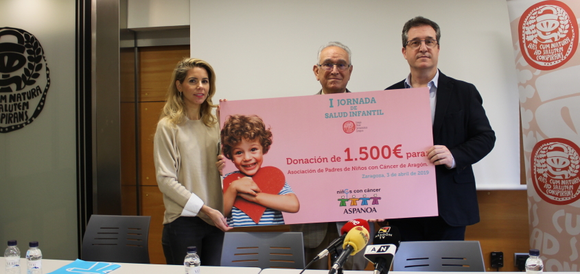 El Colegio de Farmacéuticos de Zaragoza dona 1500 euros a Aspanoa en la presentación de la I Jornada de Salud Infantil