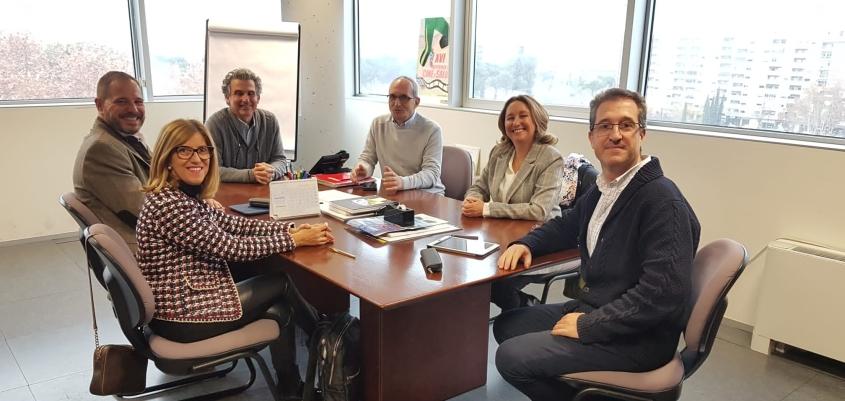 Las farmacias aragonesas, preparadas para colaborar en el abandono del tabaquismo ante la financiación de los tratamientos a partir del 1 de enero.